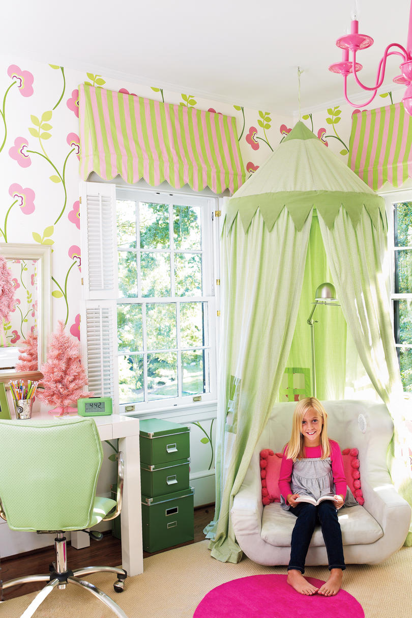Beautiful Wallpaper Ideas - Southern Living