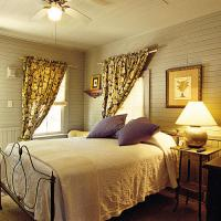Bedroom Window Treatments - Southern Living