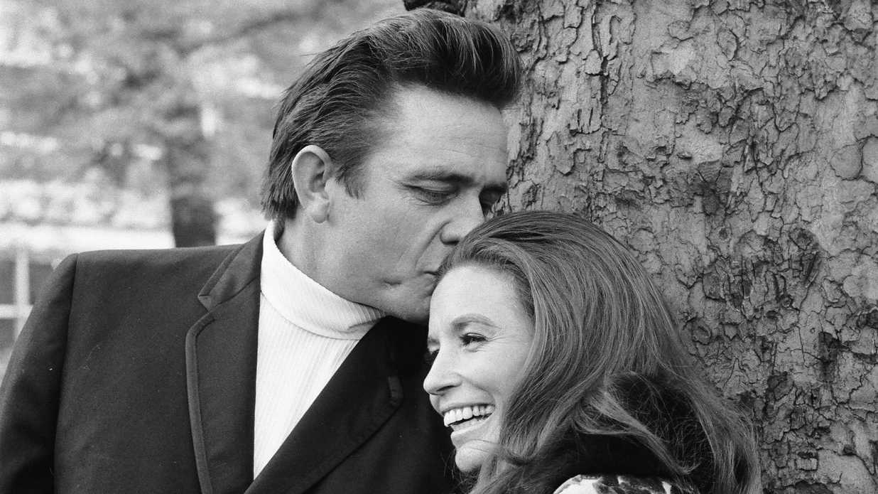 Best Southern Love Stories of All Time - Southern Living