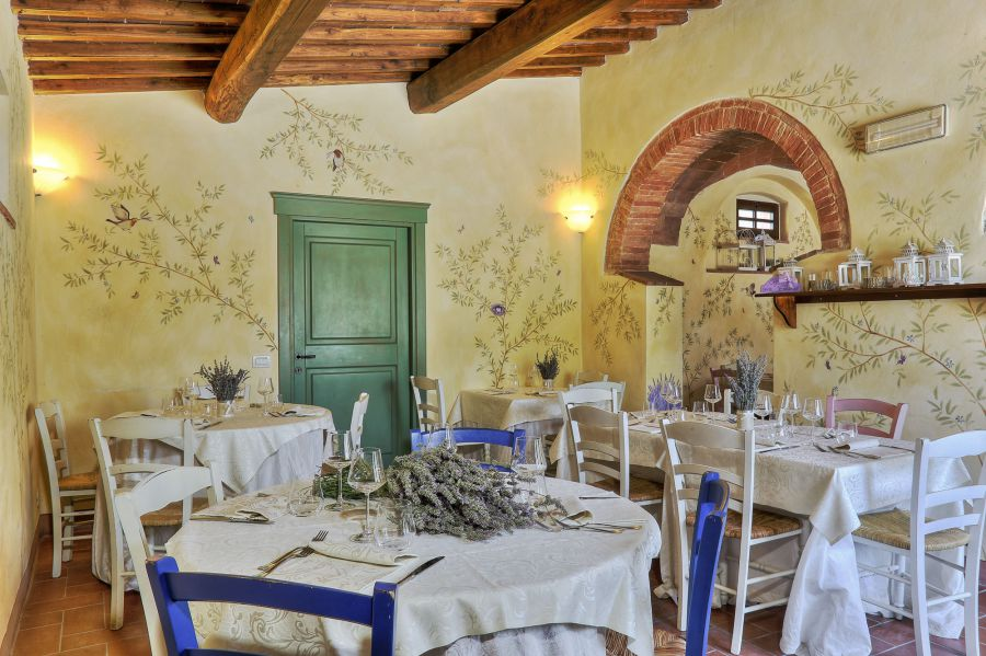 Agriturismo Soggiorno Taverna | Agriturismo Taverna Di Bibbiano ...