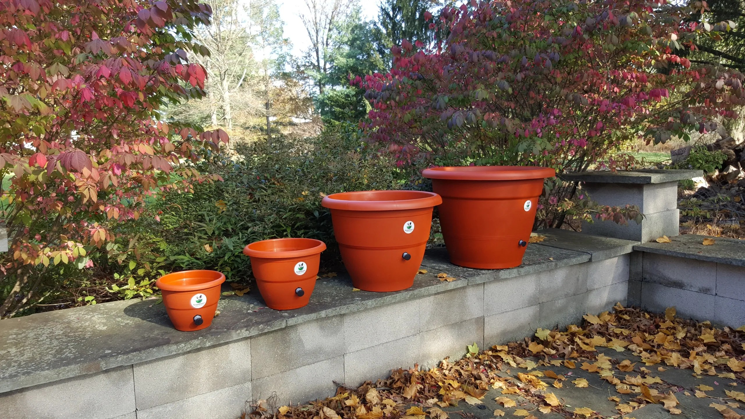 Self Watering Outdoor Planters Torpedopot Self Watering Planters Garden Planters
