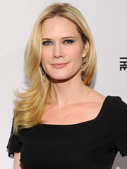 Falling Star Wallpaper Hd Stephanie March Opens Up About Her Breast Implant Journey