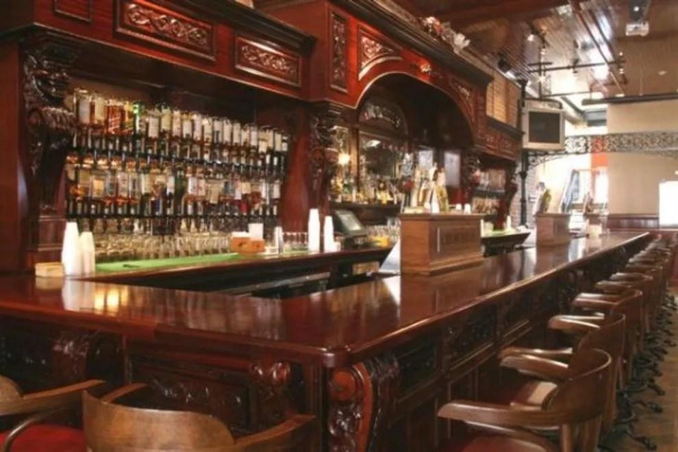 Dark Cozy Girl Wallpaper Savannah Bars Pubs 10best Bar Pub Reviews