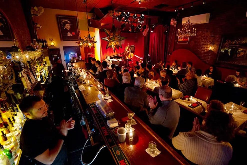 King Julian Hd Wallpaper New York Live Jazz Bands Clubs 10best Blues Music Reviews