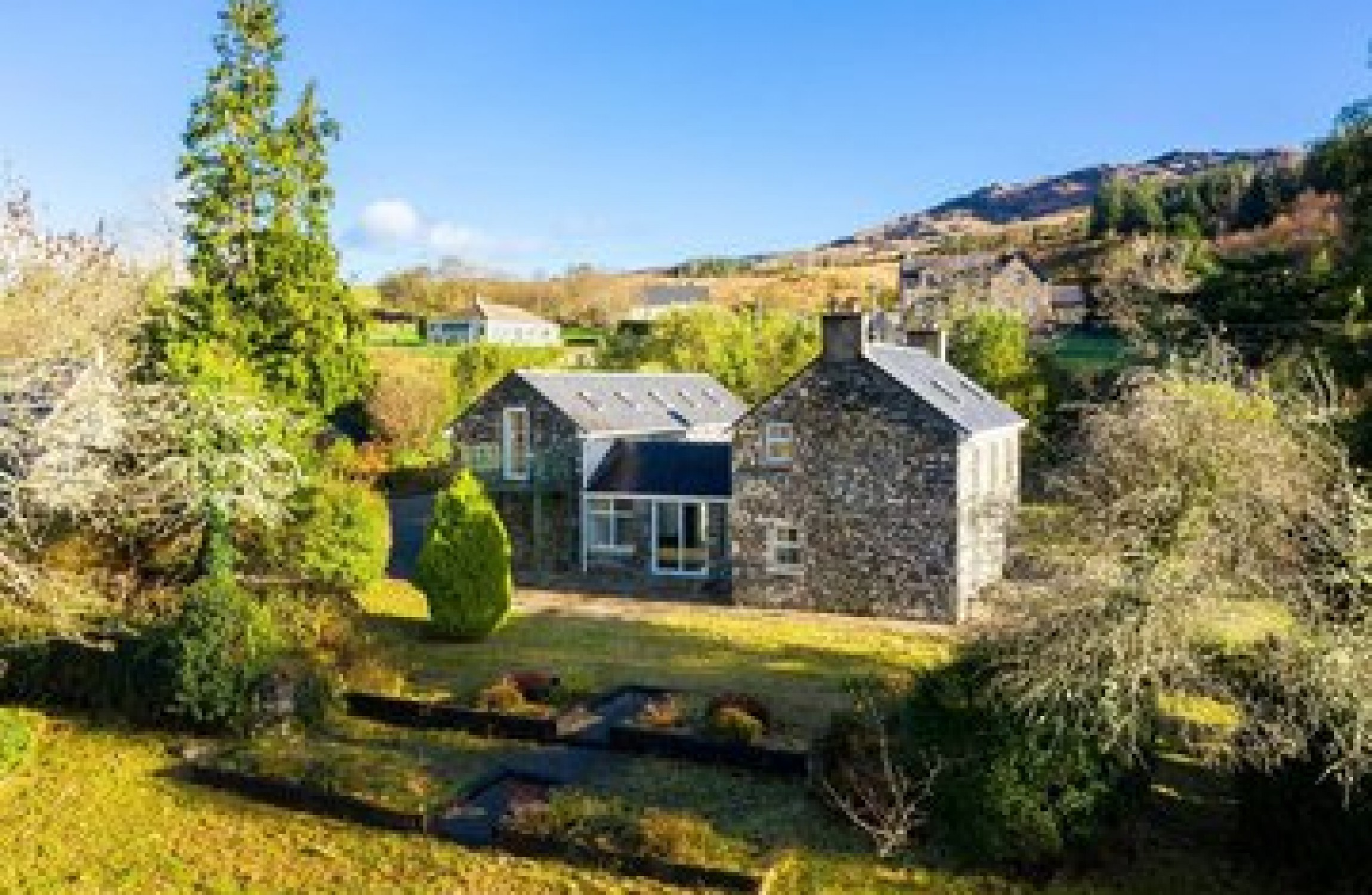 4 Of A Kind Charming Farmhouses Around The Country Thejournal Ie