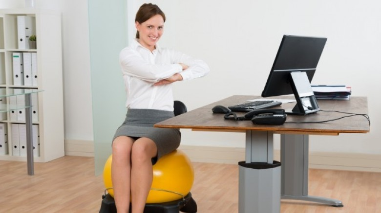 8 exercises you can do while sitting at your desk - office exercise