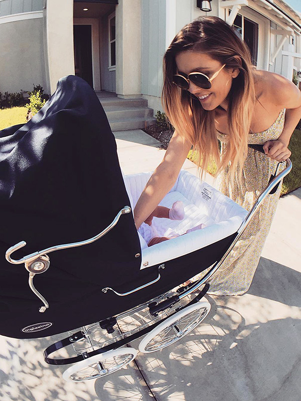 Baby Pram For Newborn Audrina Patridge Shares First Picture Of Newborn Baby
