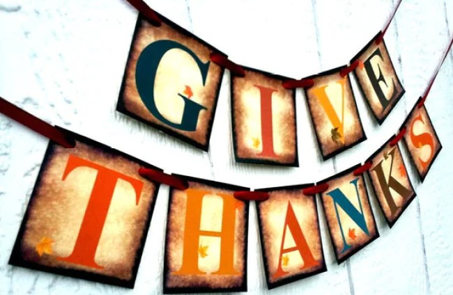 Give Thanks Fall Banner Garland