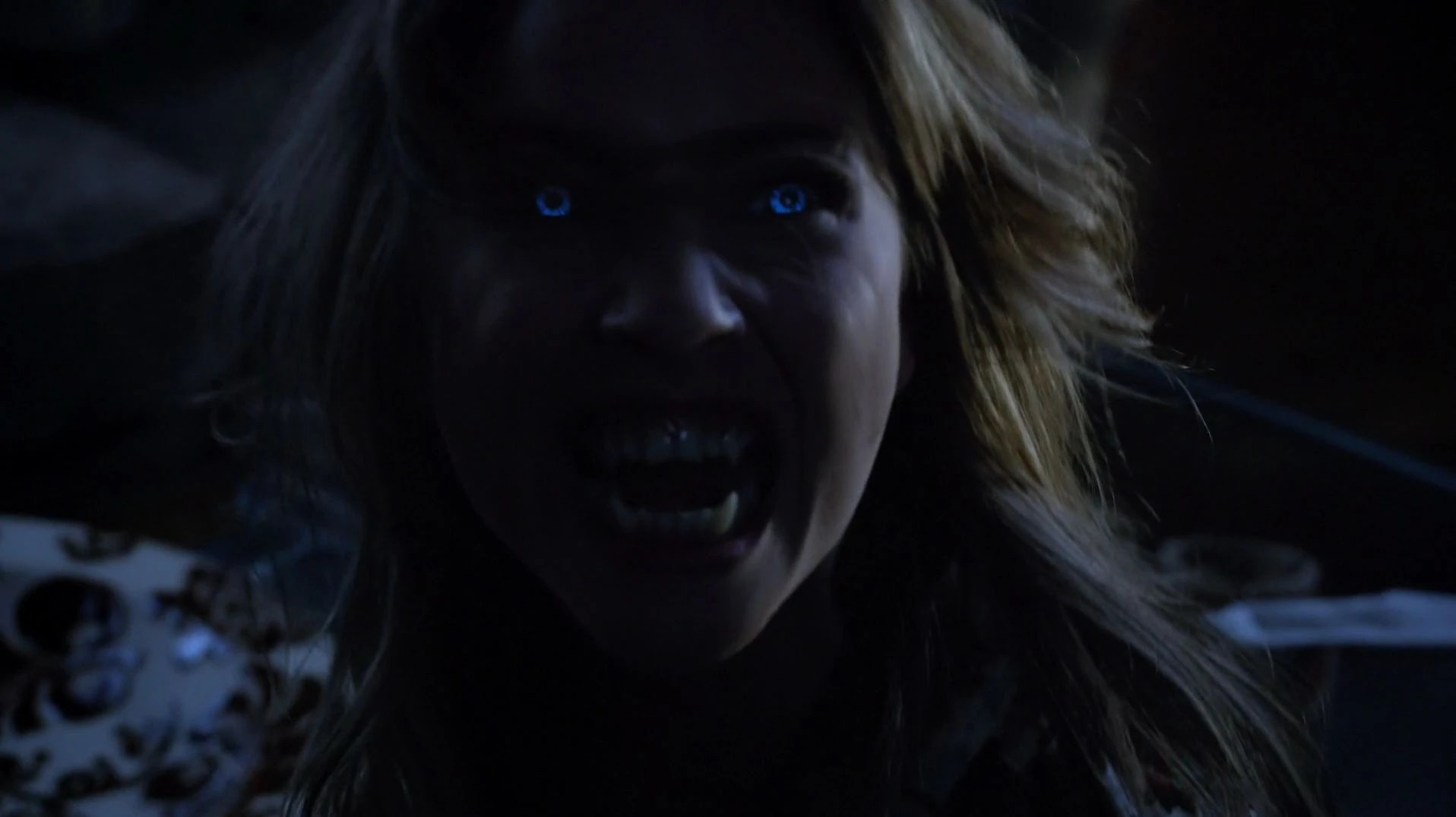 Holland Blinds Spotlight Archivo 4x04 00843 Malia Jpg Wiki Teen Wolf