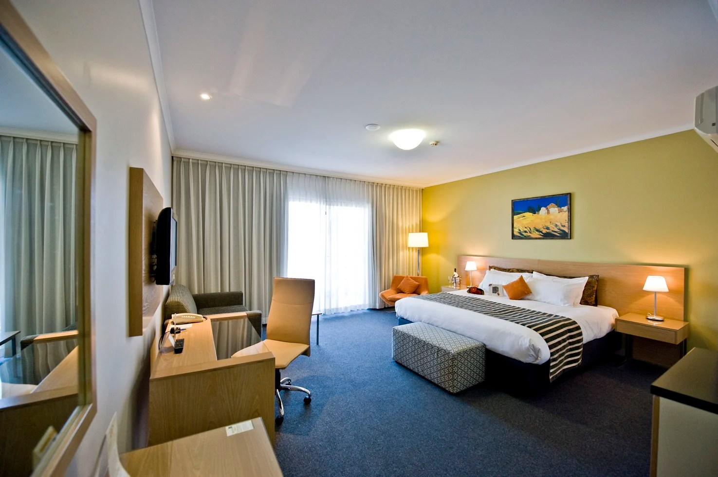 2 Bedroom Accommodation Canberra Hotel The Woden Hotel Canberra Trivago Au