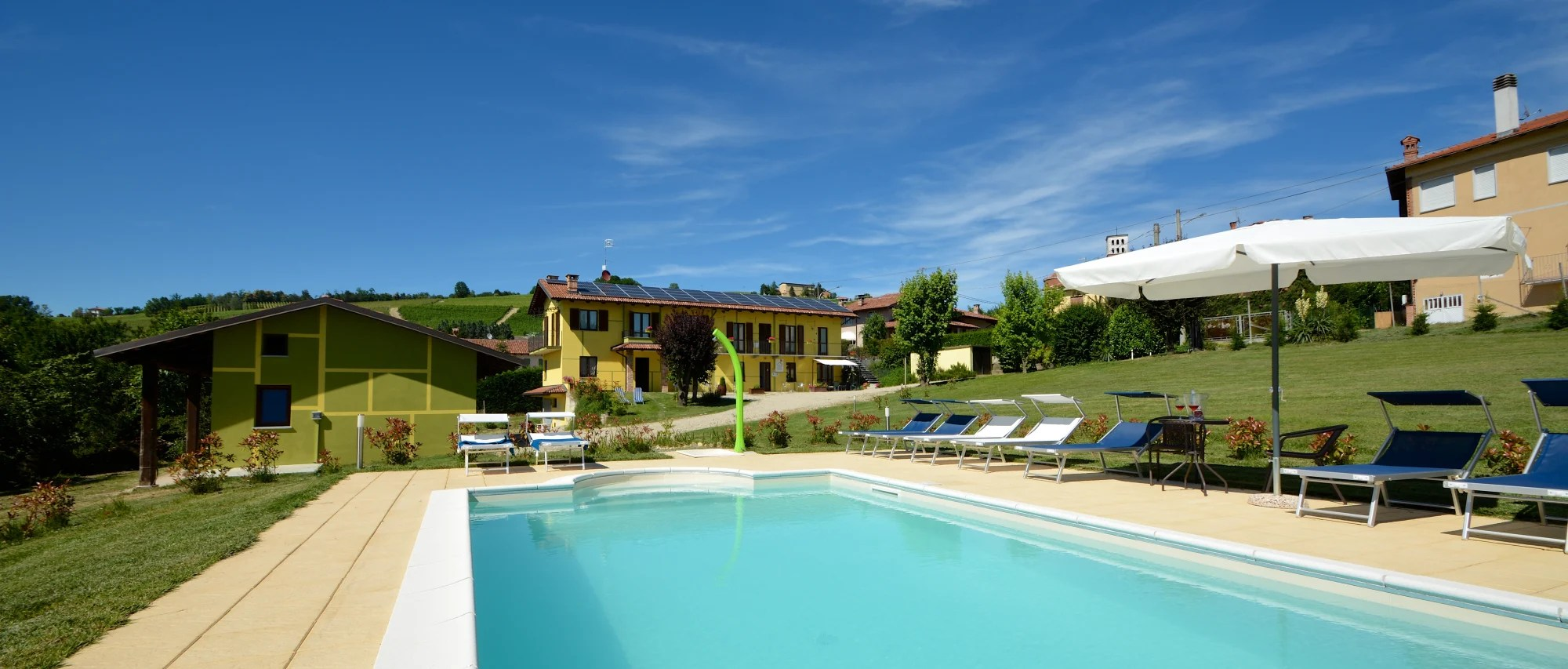 Albergo Ristorante Giardino Da Felicin Bed Breakfast The Green Guesthouse Barolo Trivago It