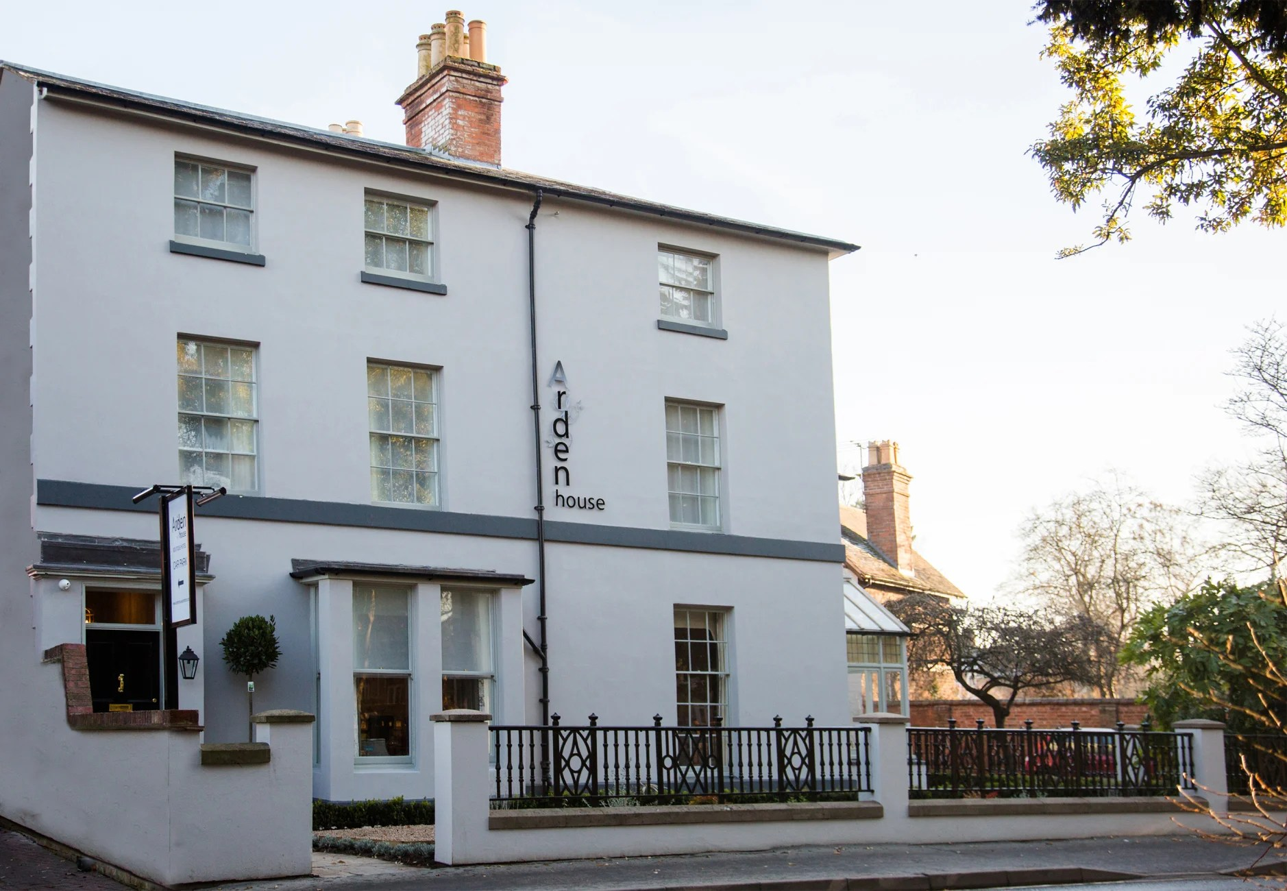 Bed And Breakfast Alcester Hotel Arden House Stratford Upon Avon Trivago Co Uk