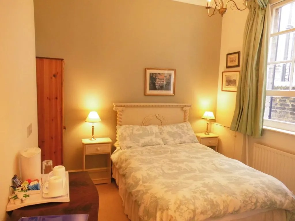 Bed And Breakfast Dartford Bed Breakfast Greystones Bed And Breakfast Rochester Trivago