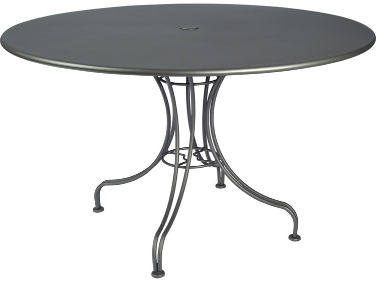 Woodard Wrought Iron 48 Round Dining Table With Umbrella