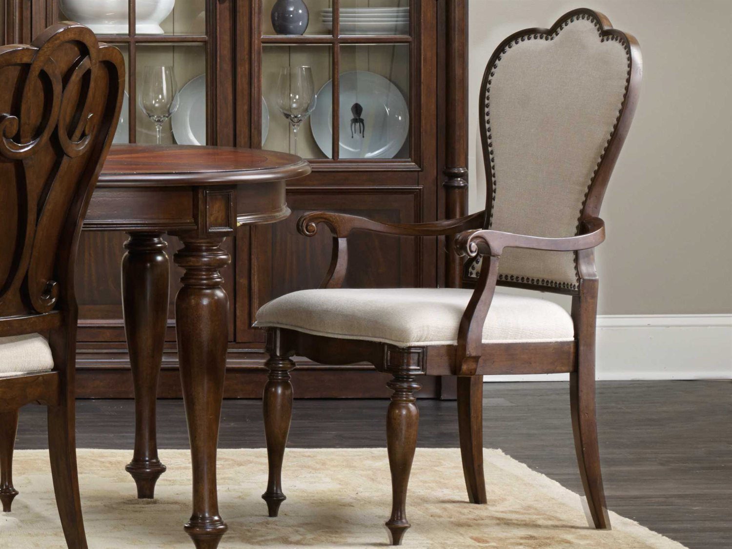Hooker Furniture Leesburg Mahogany Dining Arm Chair Sold In 2 Hoo538175400