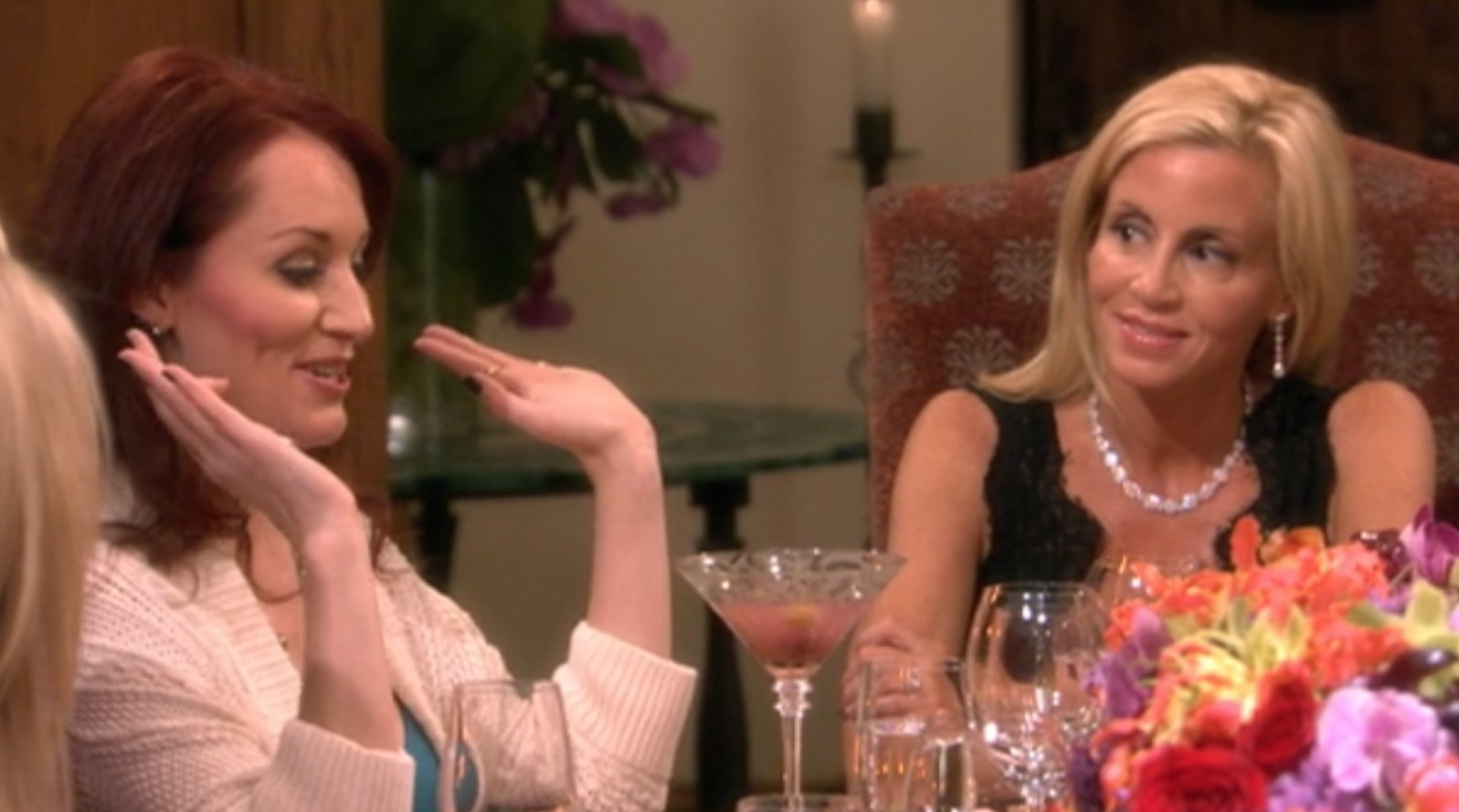 Allison Dubois Libros 19 Real Housewives Psychic Medium Scenes Ranked