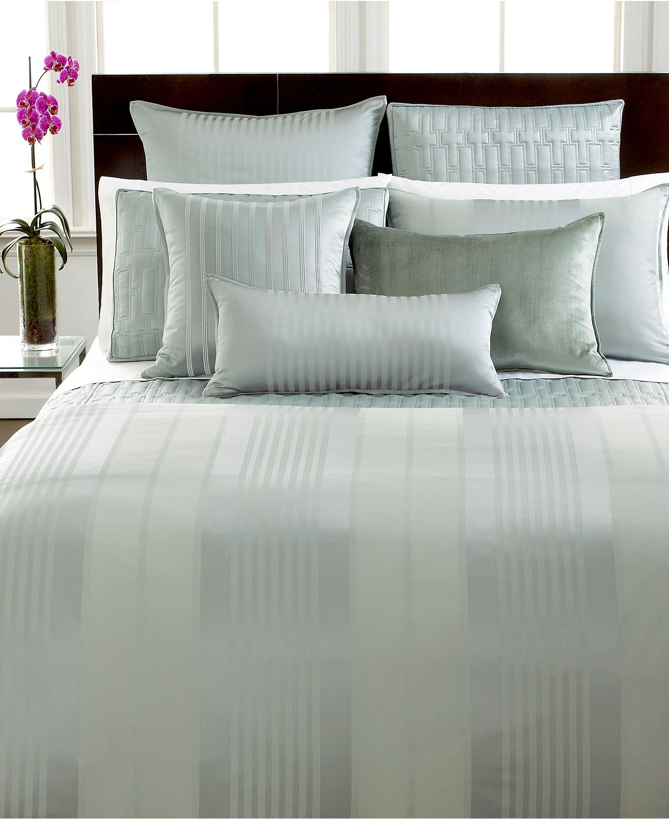 Classic Bedding Hotel Collection Classic Stripe Full - Queen Duvet Cover