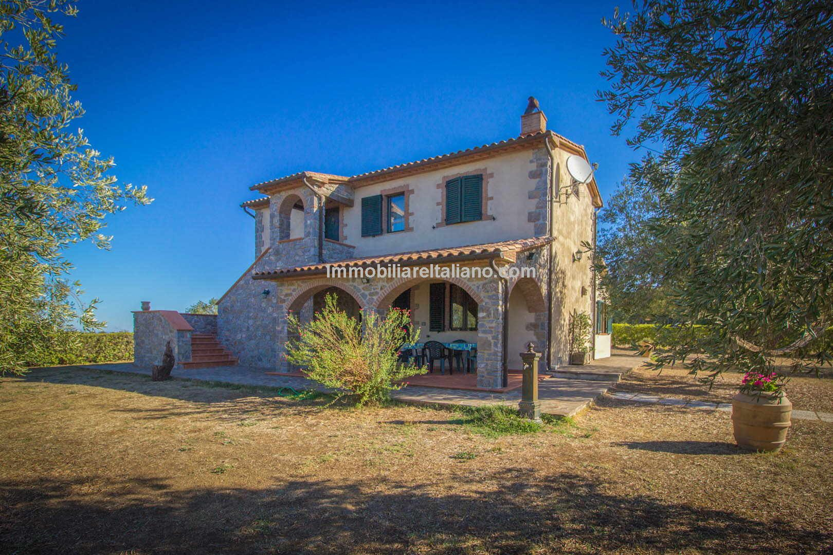 Italian Farmhouses For Sale Italian Coastal Property For Sale Tuscany Immobiliare Italiano