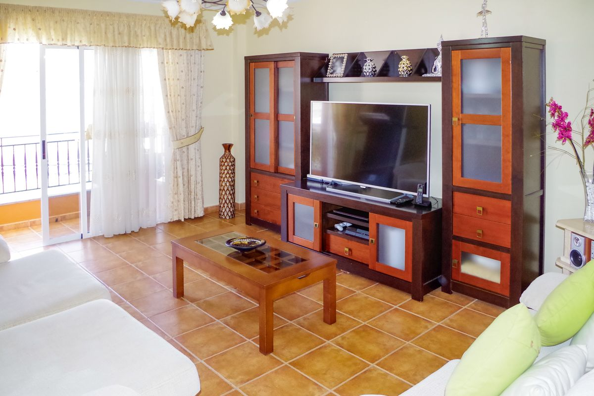 Holzvertäfelung Tv Well Maintained Apartment With 3 Bedrooms In A Canarian House In