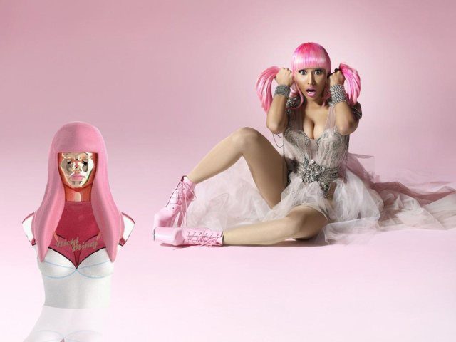 Nicki-Minaj Perfume Pink Friday