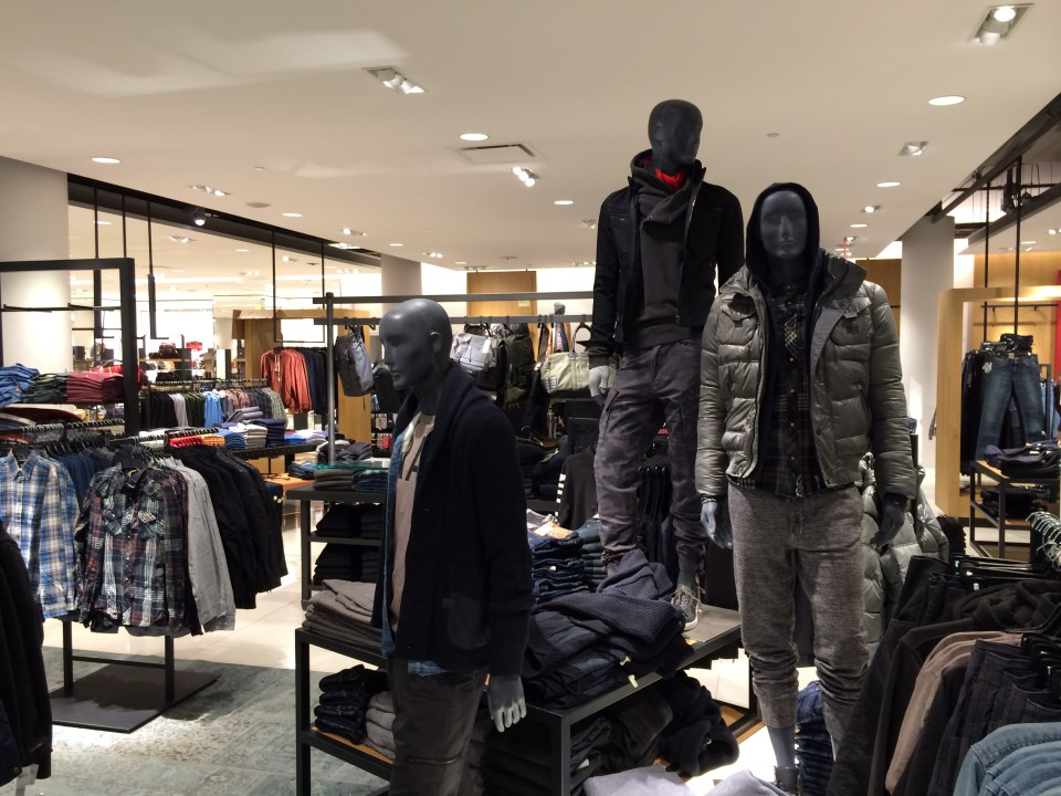 Nordstrom Calgary First Canadian Store Interior  (18)