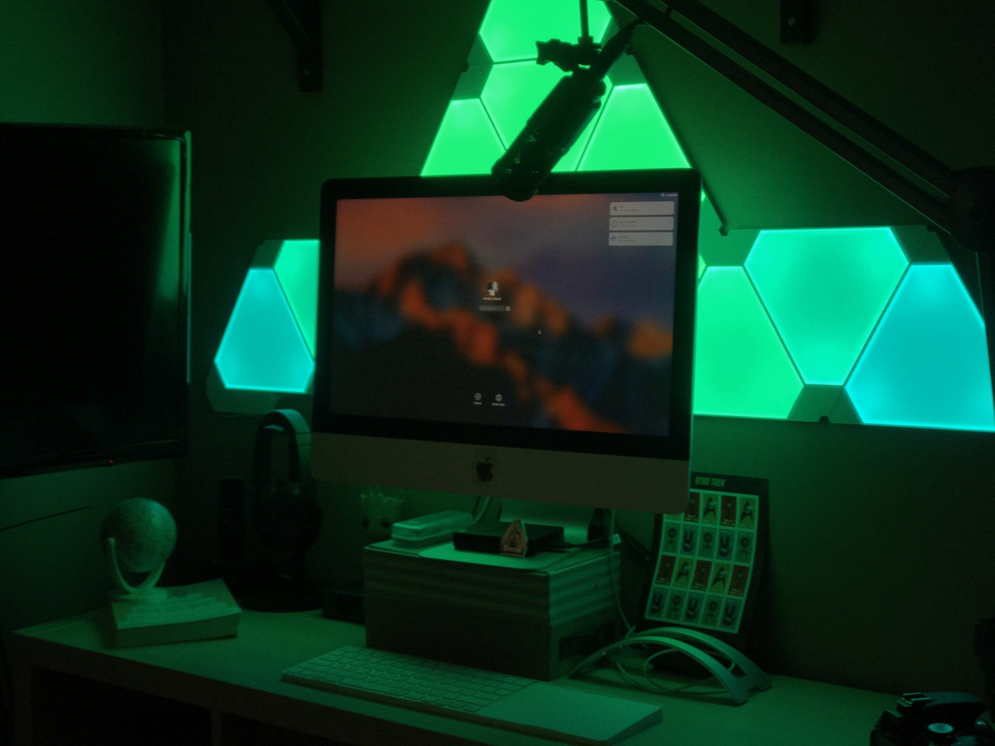 Smart Lighting Nanoleaf Aurora Review Forget Philips Hue These Panels Made Me