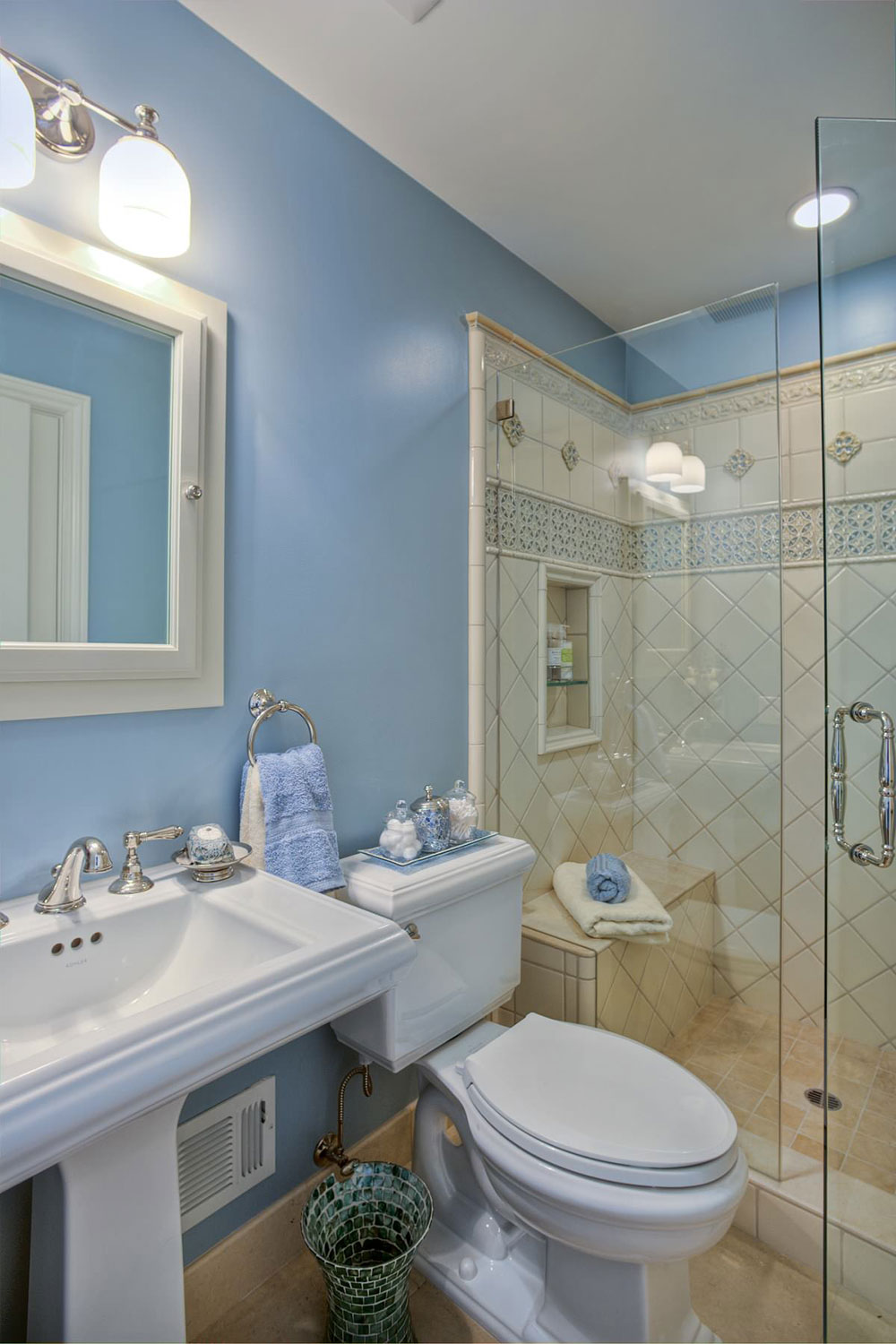 Best Small Bathroom Designs How To Make A Small Bathroom Look Bigger Tips And Ideas