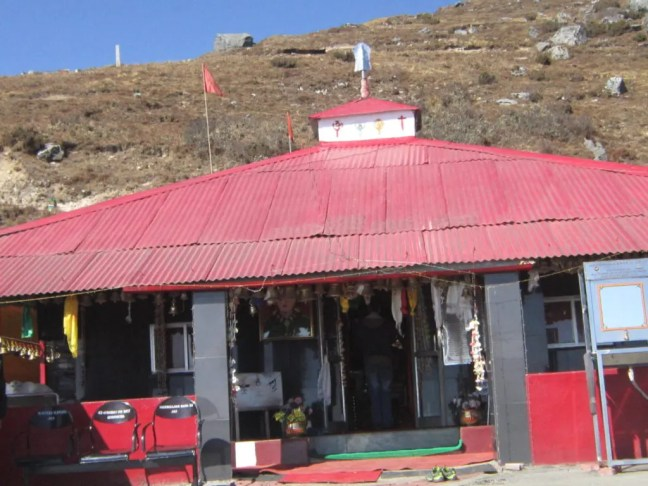 Temple dedicated to the soldier saint Major Harbhajan Singh - A road trip from Gangtok to Nathula at an altitude of 14,400 feet