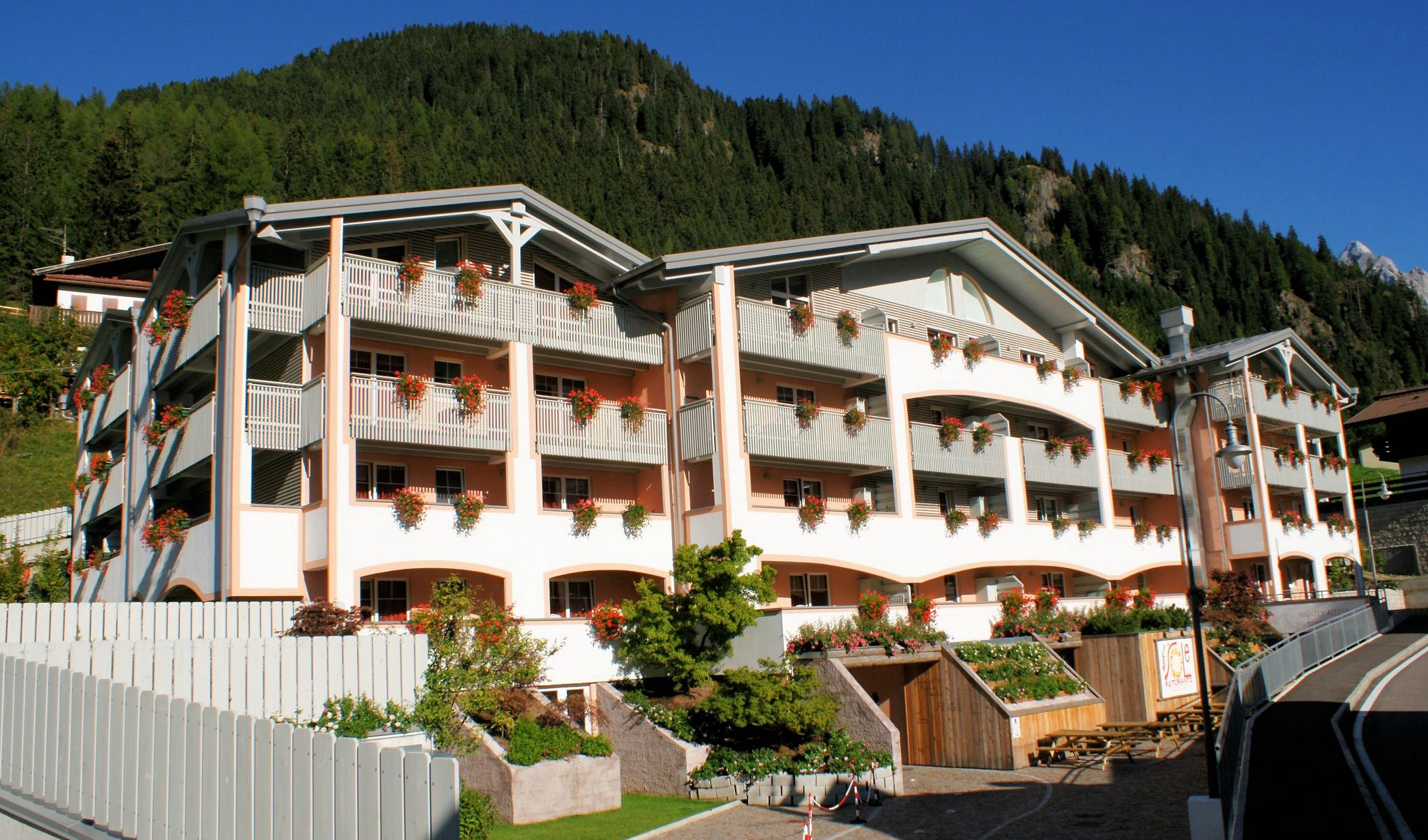 Hotel Il Caminetto Resort Canazei Holiday Apartments Clubresidence Al Sole Canazei Tyrol
