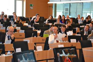 MEPs back trade deal with six African countries