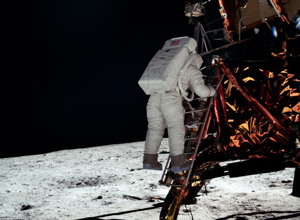 Remembering Apollo 11 Photos The Big Picture Bostoncom
