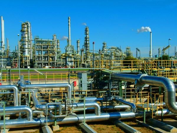 Oil-Refinery-2