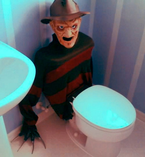 Juegos De Decorar 3d Terrifying Freddy Krueger Toilet Tank Cover | Incredible
