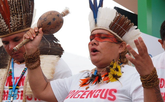 Indigenous people from Brazil demanding climate justice at COP20 in Lima (Image by Carlos Garcia Granthon)