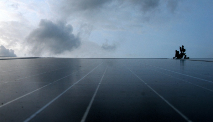 Rooftop solar panel in India (Image by Reji)