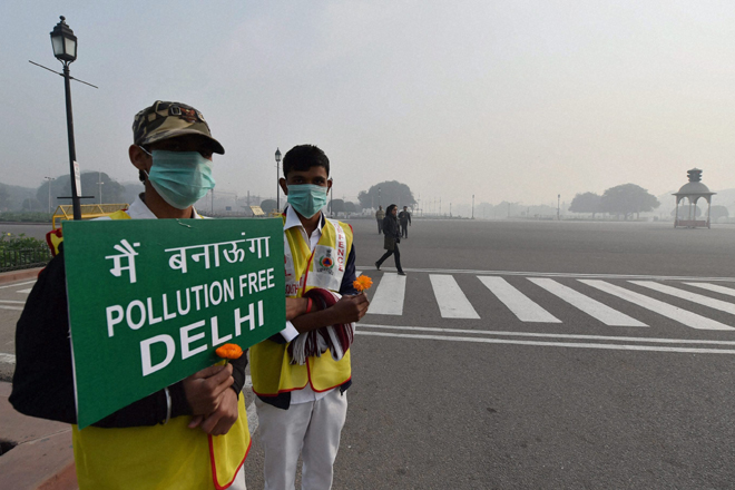 Volunteers on road (Image by Press Trust of India)
