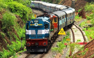 Indian Railways to rapidly reduce carbon footprint