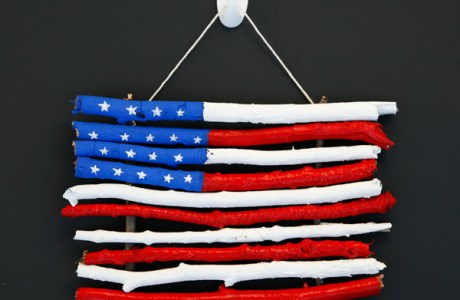 DIY Super Easy Flag Craft for Kids to do this 4th of July