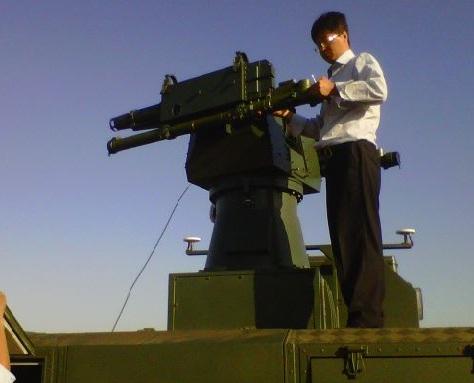 Install QW-3 pada platform peluncur di truk SX 2110