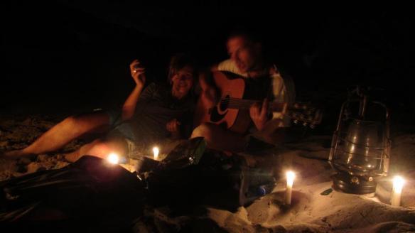 Ognisko na plazy - Green Island, Antiga