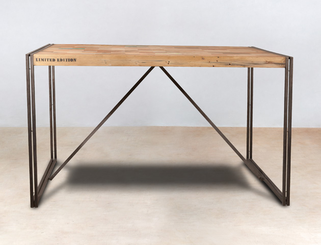 Table Haute Carrée 8 Personnes Table Mange-debout 150cm En Bois Recyclés - Industryal