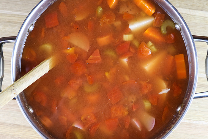 Weeknight Vegetable Soup With White Beans Red Potatoes