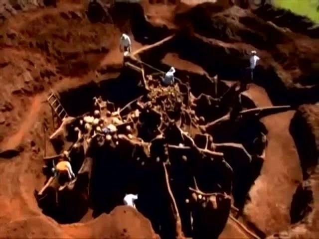 男子作死把10噸水泥注入螞蟻巢穴,測試後奇蹟出現了!