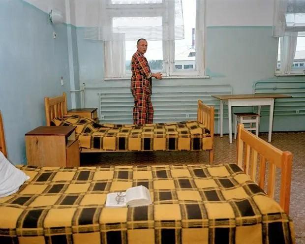 這所監獄根本不用圍牆,越獄的犯人都只有一個下場!