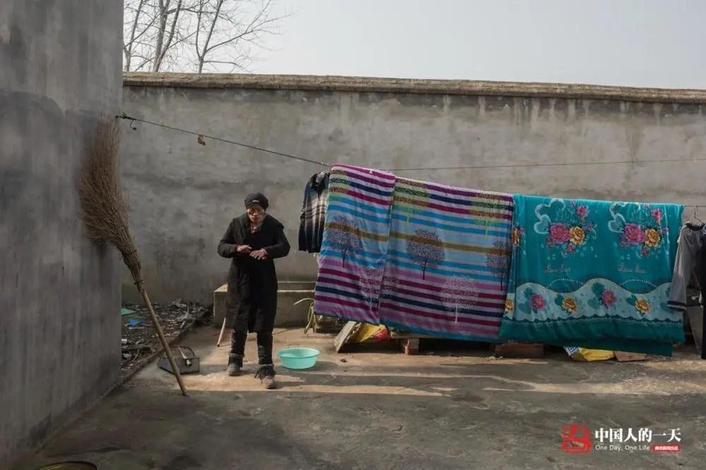 中国人的一天:20多年前因输血感染艾滋的人:有的憧憬爱情 有的儿孙满堂