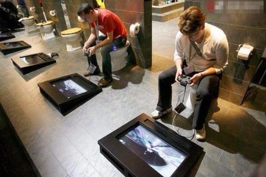 全世界最奇葩的廁所,第一個看了想吐,第三個你喜歡嗎?