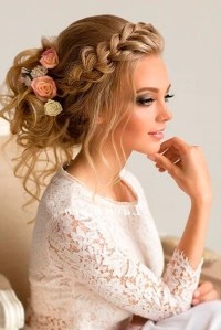 Cute Hairstyles For Bridesmaids