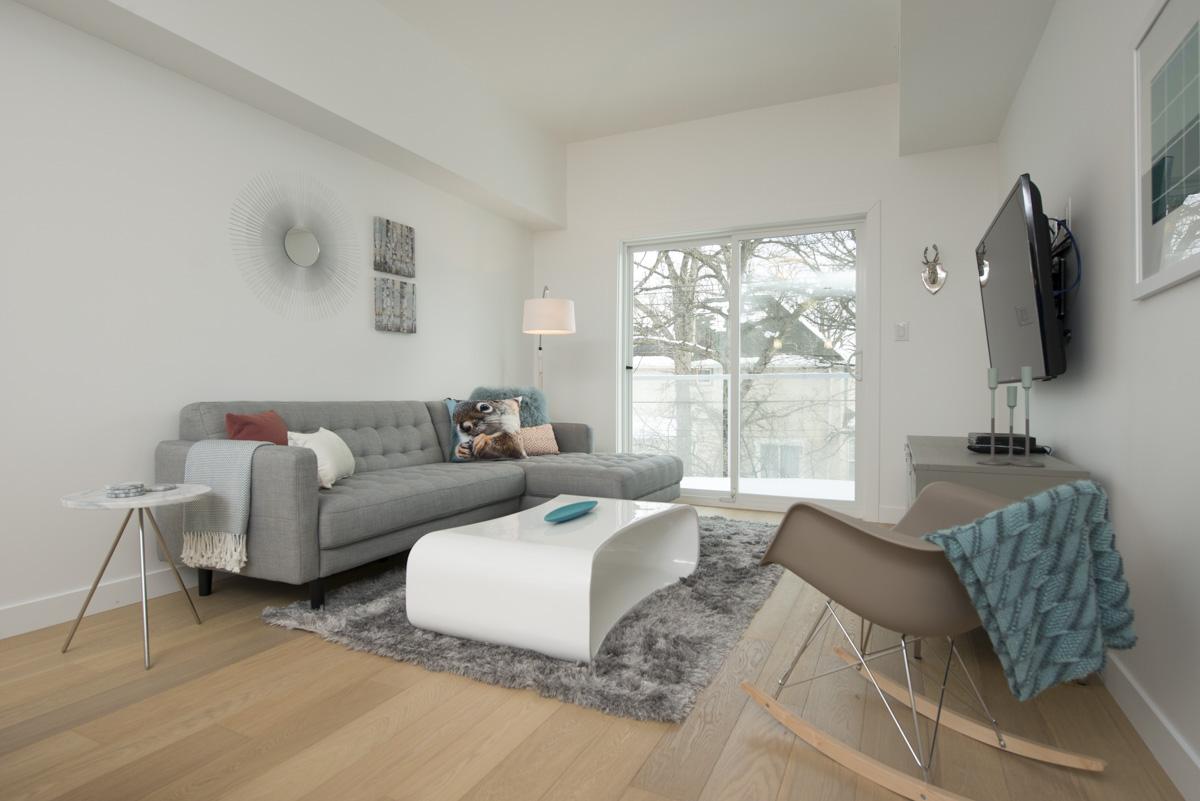 209 - 369 Stradbrook show suite living room