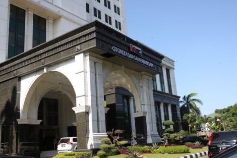 Aset Perbankan Syariah Minimal 10% dari Induk