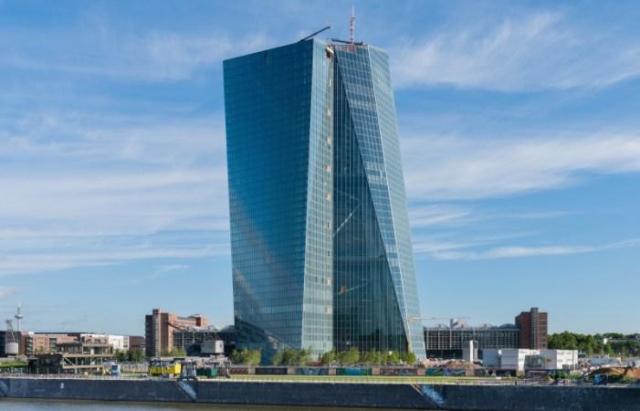 PDB Global Menurun, Rapat ECB Jadi Sorotan